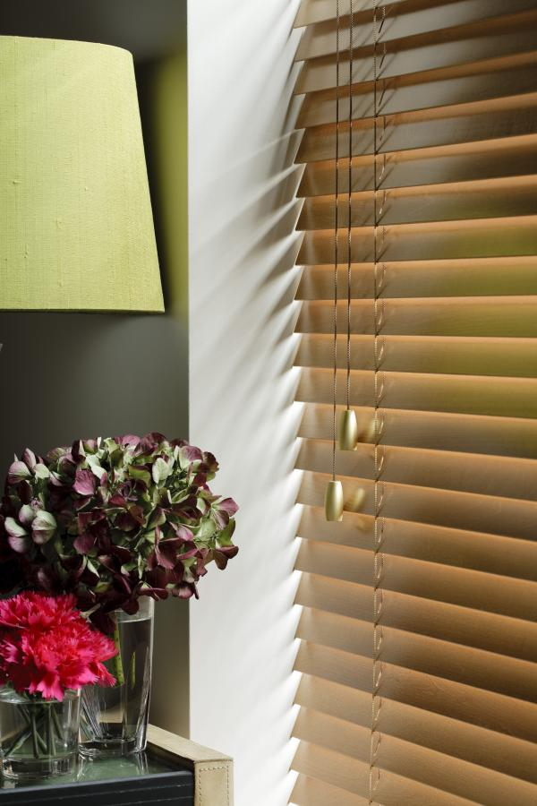 wooden-venetians-35mm Honey Close up with Brushed Brass Bullet